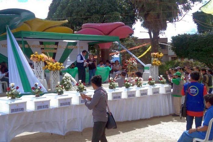 Perú: Fiscalía entrega cuerpos de 24 víctimas asesinadas por Sendero Luminoso en 1990