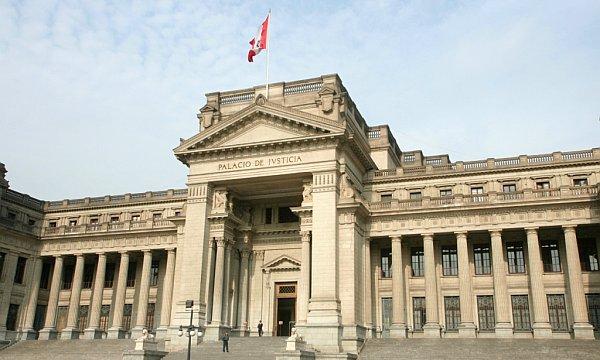 Asociaciones de DD.HH. del Perú exigen sanción y destitución a implicados en tráfico de influencias y corrupción.