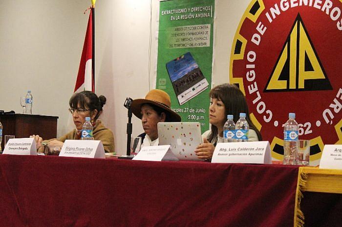 APRODEH presenta en Apurímac Informe sobre extractivismo y abusos de poder contra defensoras/es de derechos humanos.