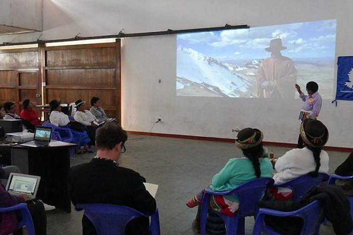 """APRODEH desarrolla Taller - Escuela holística """"Diálogo por la tierra y el territorio en Ayacucho"""